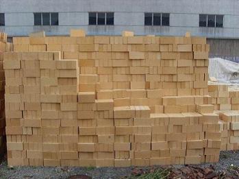 用于轻质耐火砖